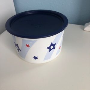 Tupperware Stars One Touch Canister Topper